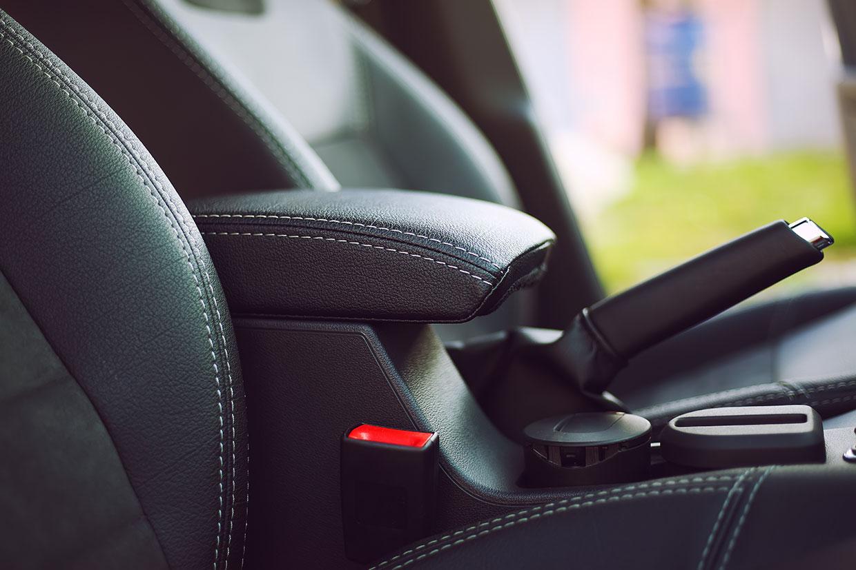Hamulec postojowy, ilustracja do artykułu o auto hold
